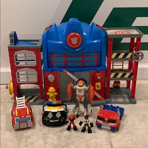 Transformers Rescue Bots Fire Station
